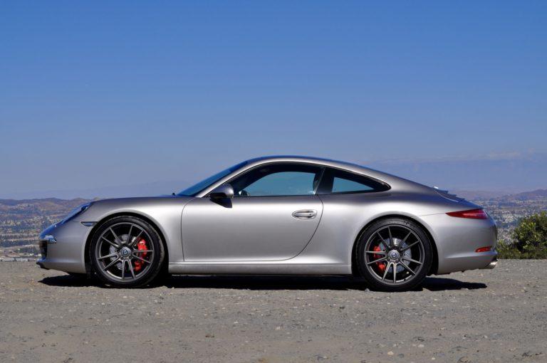 Porsche 911 Carrera на дисках HRE FF04