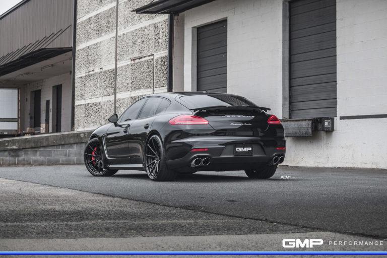 Porsche Panamera на дисках ADV10 M.V2 SL