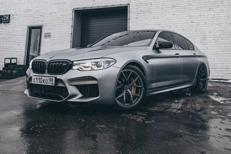 Легчайший Beneventi K5-R и BMW M5 F90