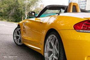 BMW Z4 на кованых дисках Beneventi K5S