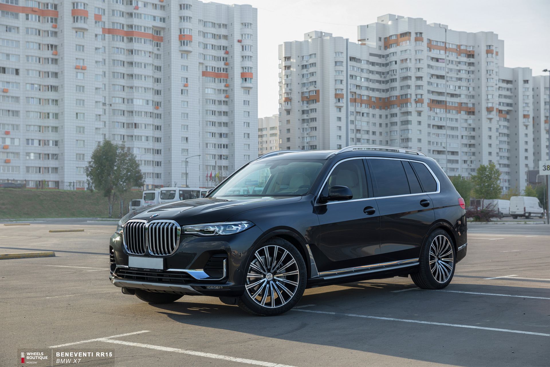 BMW x7 r22