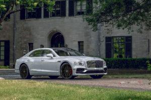 Bentley FLYING-SPUR 2020 на кованых дисках Beneventi RR10
