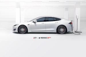 Tesla Model S на кованых дисках Beneventi M7-C
